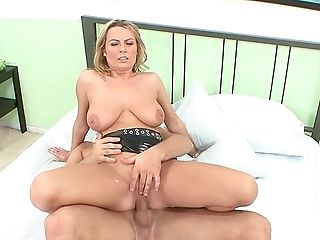 Cougar With Large Bra-stuffers, Crazy Role Have Fun And Orgasms