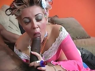 Candy Monroe Gets Her Cunt Ate And Fucked By Her Horny Friend