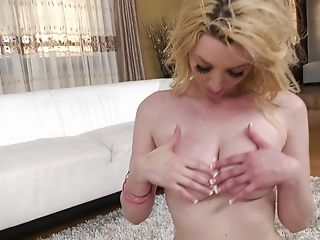 Gia Love Knows How To Please Two Deviant Guys At The Same Time