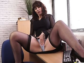Bookkeeper Toni Lace Shows Her Nasty Muff Upskirt In The Office
