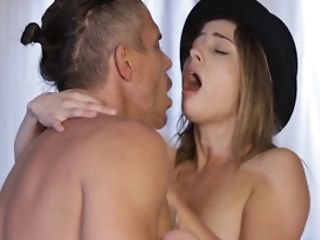 Hipster Nymph With A Zeal For A Hot Internal Ejaculation In Her Cunny