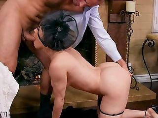 Matures Mega-slut Dana Dearmond Spreads Gams After Sucking A Manhood