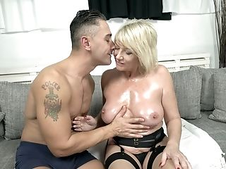 Buxom Matures Blonde Cougar Rosemary Gets Her Slit Gaped While Fucking