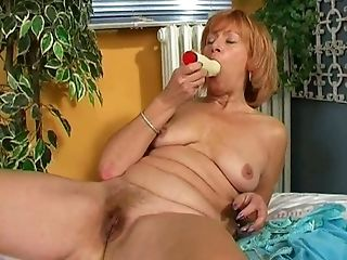 Crimson Haired Gammer Loves Playing With A Faux-cock For Gaining Delight