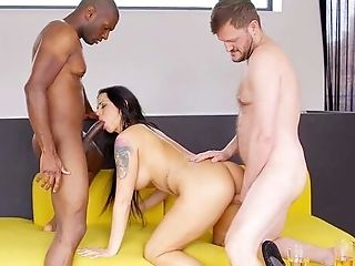 She's Past Her 40s But She Loves A Good Black Dick Now And Then
